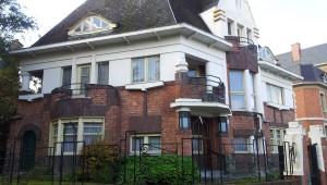 Van eclectisme tot modernisme: Gentse architectenwoningen in de stationswijk van Sint-Pieters