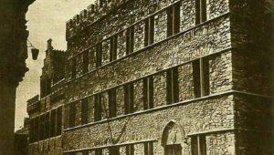 Van Romaanse tot hedendaagse architectuur – Een wandeling in de tijd langs burgerlijke woningen van de middeleeuwen tot vandaag